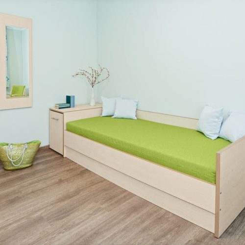Bett individuell hergestellt