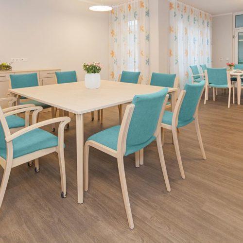Pflegeheim Tischgruppe Blau 2