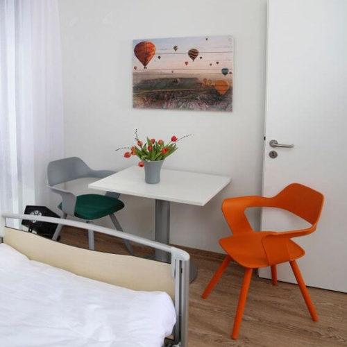 Klinik Einzelzimmer Stühle