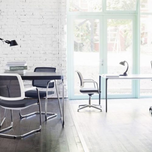 Büro Schwarz/Weiß Tische