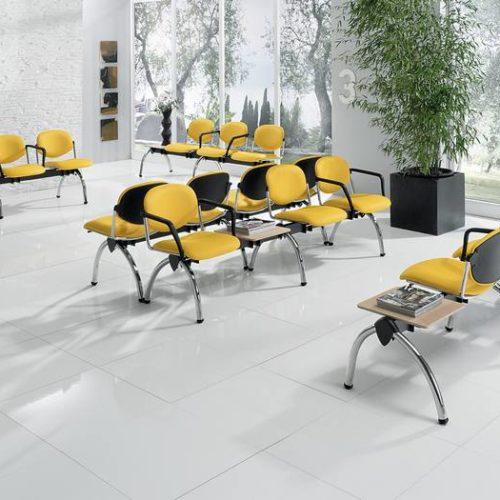 Wartezimmer Stühle Gelb
