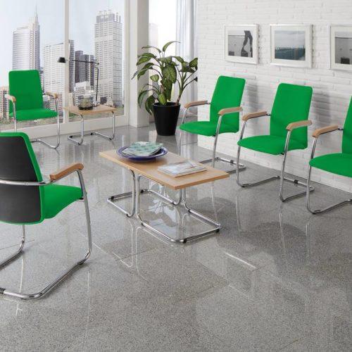 Wartebereich Stühle Grün