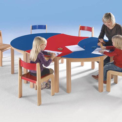 Kita Tisch