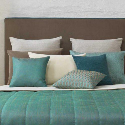 Stoffe für Bett und Kissen