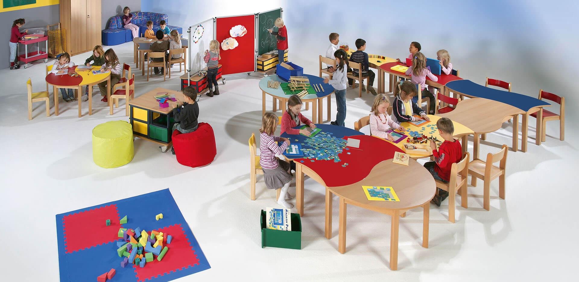 Einrichtung für Kitas/Bildungseinrichtungen