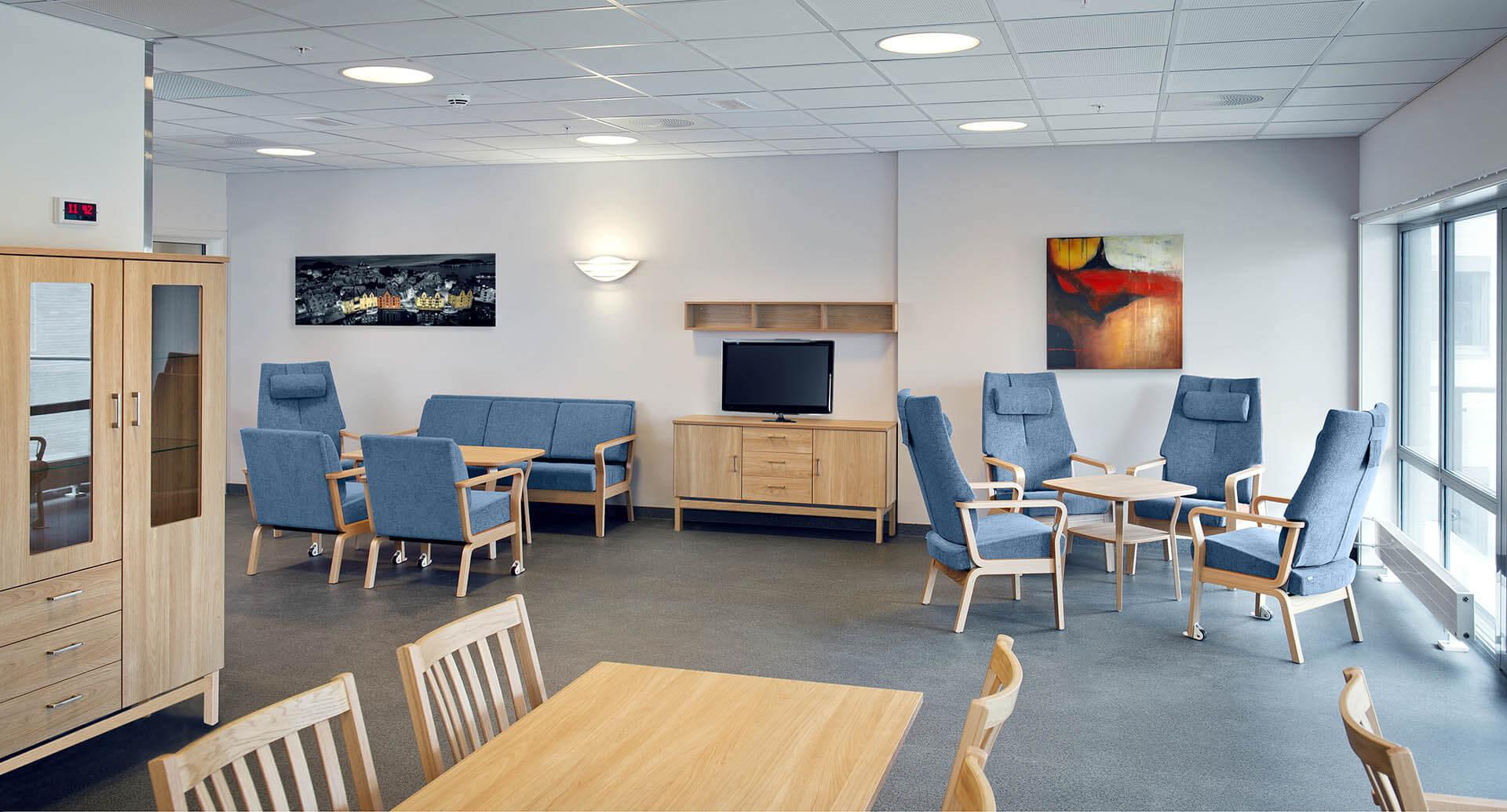 Aufenthalts- und Therapieraum Sesselgruppen Blau