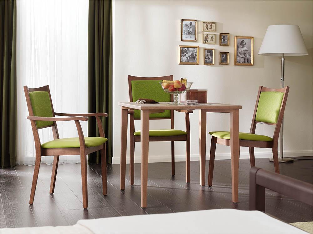 Pflegebetten Und Sitzmöbel Für Pflege Und Krankenzimmer